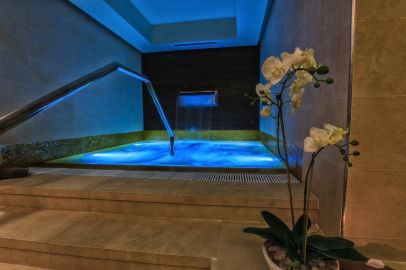 Roman Plaza Spa - Relaxare - Jacuzzi.jpg